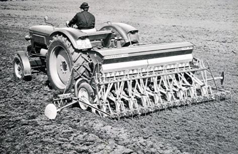 D4 sorvető gép, 3 m munkaszélesség, 1964