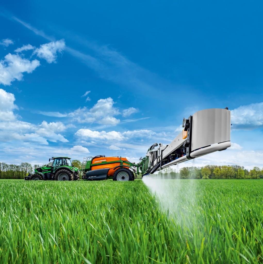 Az időtálló növényvédelmet szolgáló innovatív Amazone technológiákkal felvértezett új Amazone UX 7601 Super és UX 8601 vontatott szántóföldi permetezőgép a legmagasabb precizitást, ütőerőt és gazdaságosságot képviseli.